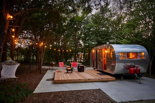 POWER TO EXHALE'S GLAMPING EXPERIENCE 2022